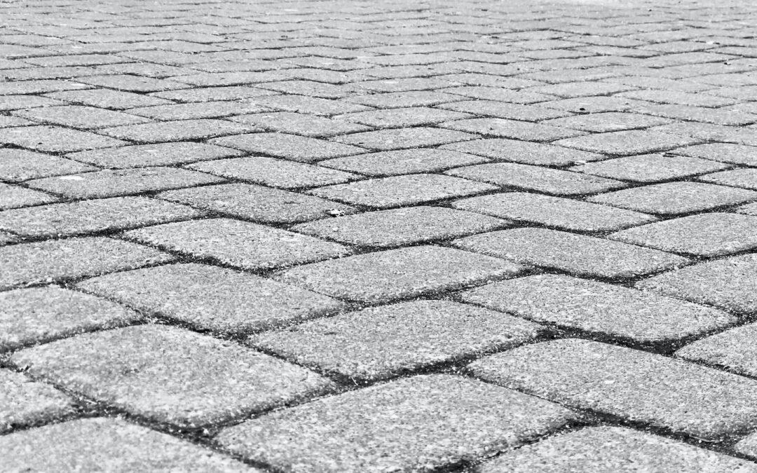 Térkövezés: Tippek és friss piaci árak a térkő lerakáshoz